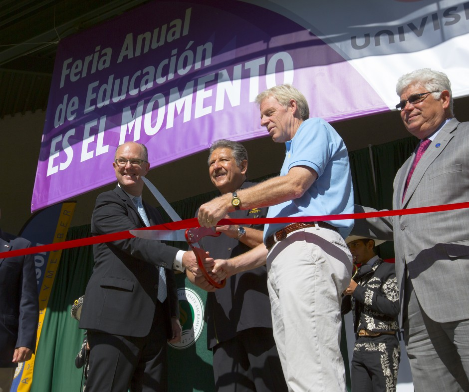 Feria ribbon cutting photo
